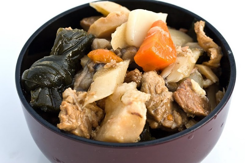 Nishime (verduras estofadas sin aceite)