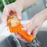 Cepillo para limpiar verduras